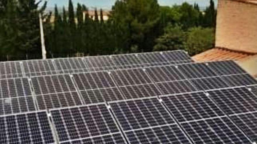 Garrigàs genera energia solar per a tres edificis públics