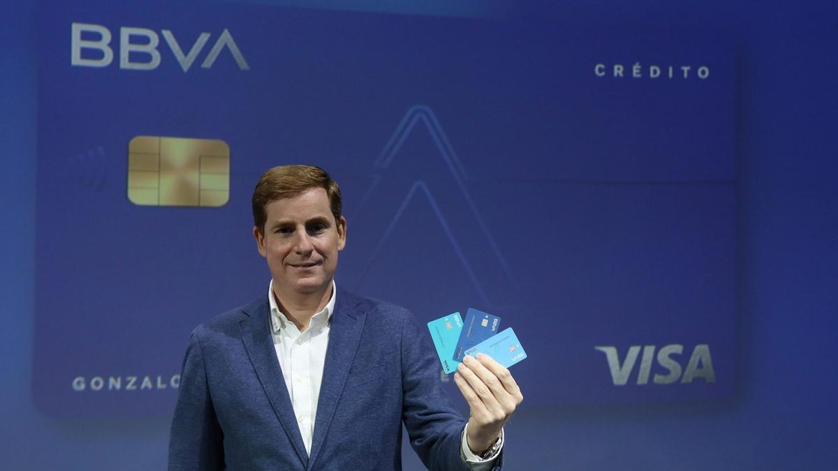 Gonzalo Rodríguez,durante la presentación dela tarjeta Aqua.