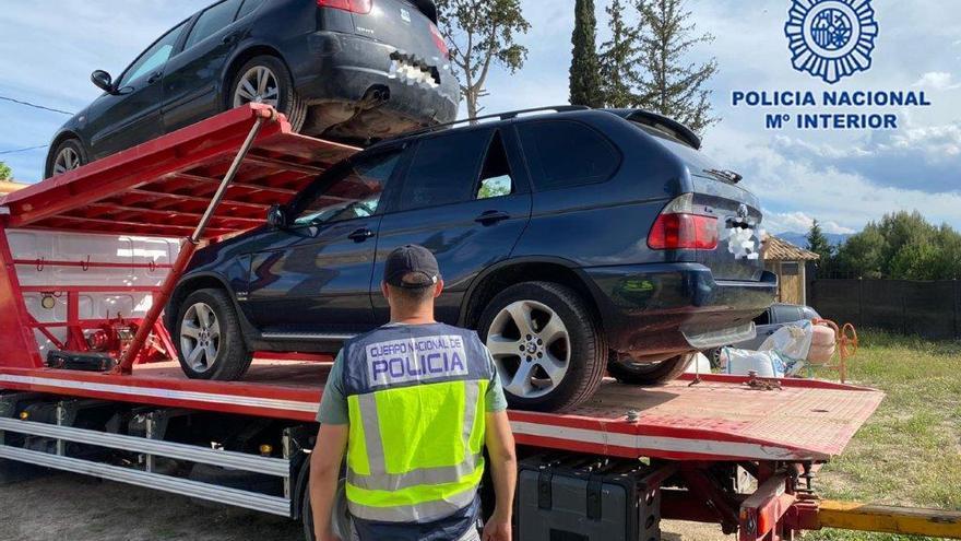 Roban y esconden en zulos de la Región joyas y vehículos valorados en más de 100.000 euros