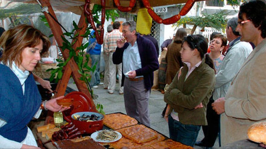 Mercado gastronómico y artesano