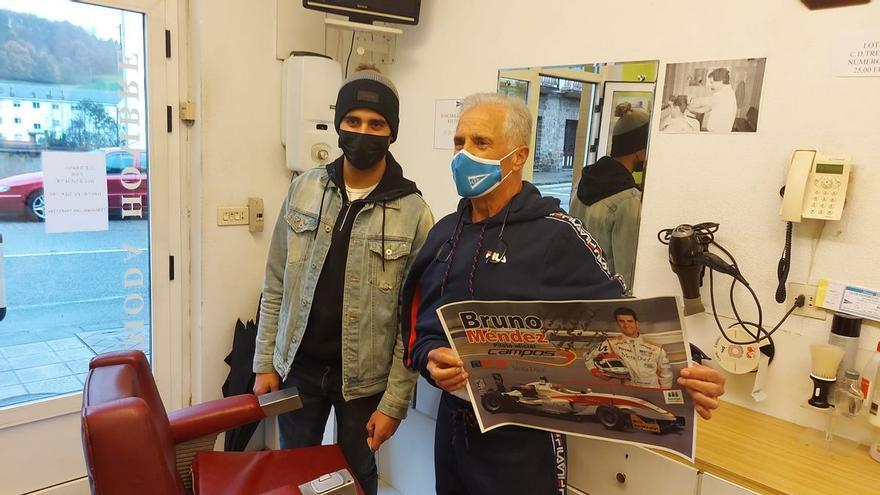 """La segunda vida del peluquero de Trevías: """"Si estoy solo en Barayo, estoy muerto; Bruno me salvó la vida"""""""