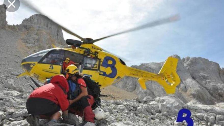 Rescatan a un hombre en Caso con una fractura en una pierna