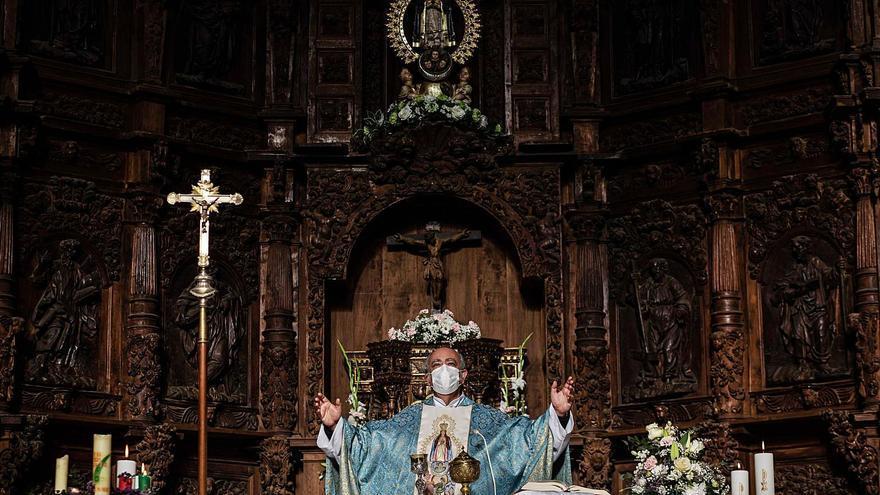 Azul celeste contra el COVID: Villalpando reduce las fiestas de la Inmaculada a los oficios religiosos