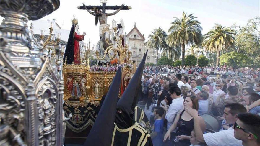 """Fuentes: """"Si Salud entiende que se pueden realizar procesiones, lo haremos"""""""