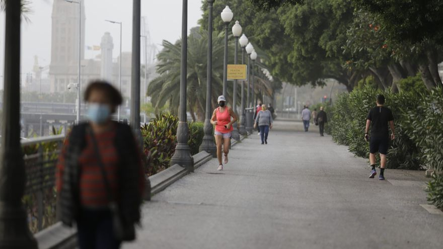 """Tenerife se """"estanca"""" y seguirá una semana más en nivel 2"""