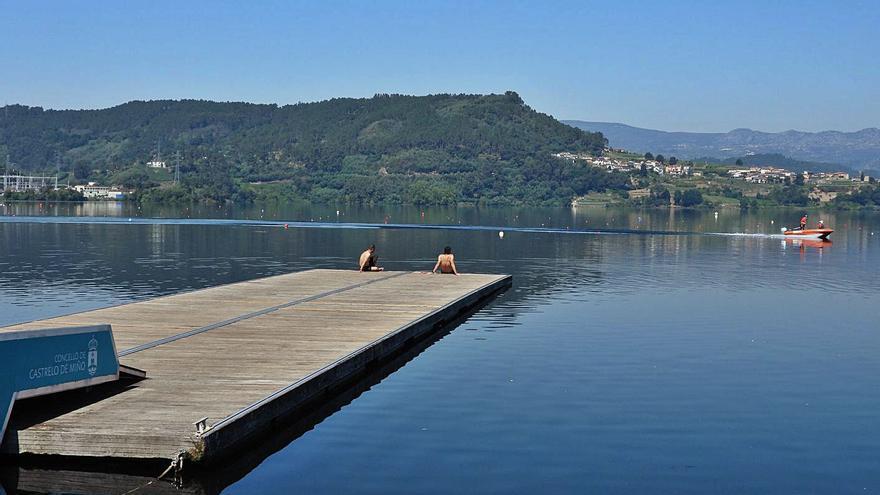 Localizan a 12 metros de profundidad al joven ahogado en el embalse de Castrelo