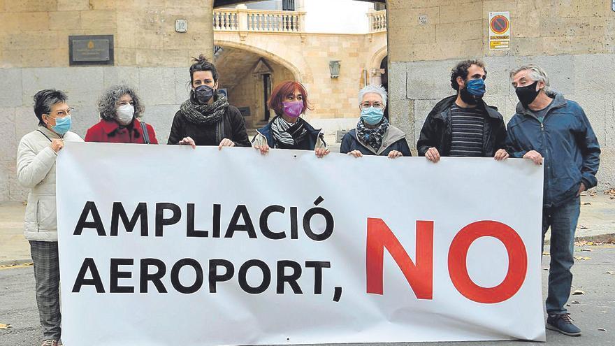 Recurso contra la ampliación del aeropuerto en el TSJ de Balears