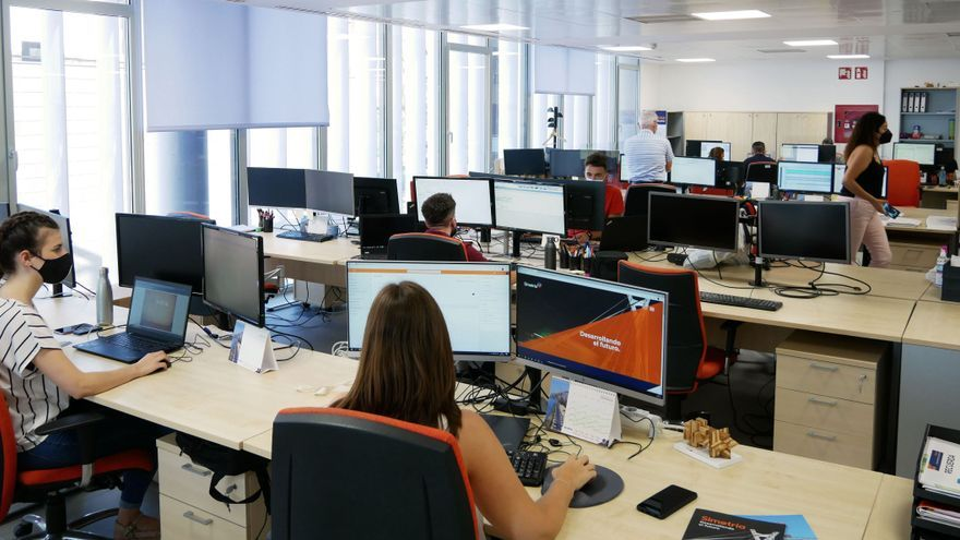 Simetría Grupo operará al 100% en dos semanas en el Grau de Castelló