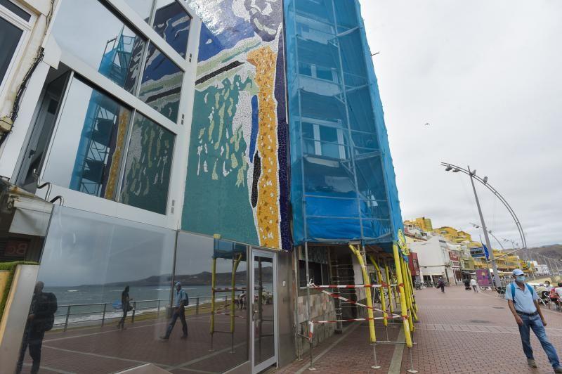 Los vecinos piden la restauración del mosaico La Barra en Las Canteras
