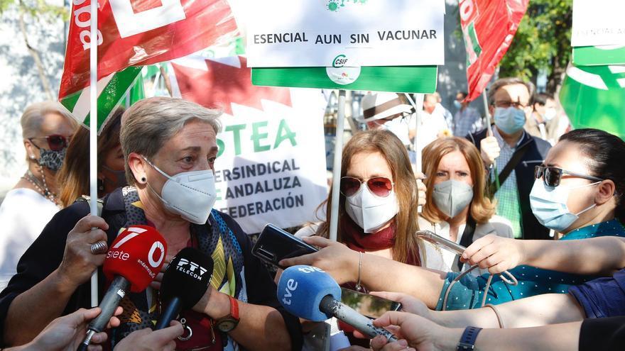 Personal de centros de menores en Córdoba vuelven a exigir que les vacunen
