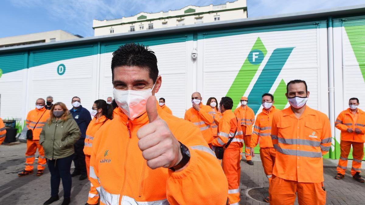Uno de los 32 trabajadores que han entrado a trabajar en Sadeco en 2021.