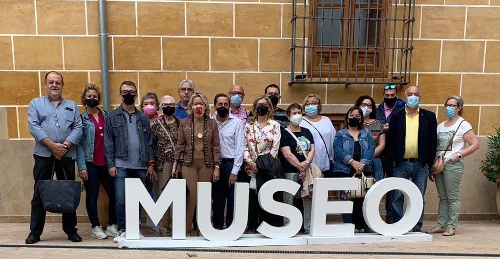 Visita al Museo de la Seda de la falla Borrull-Turia.jpg