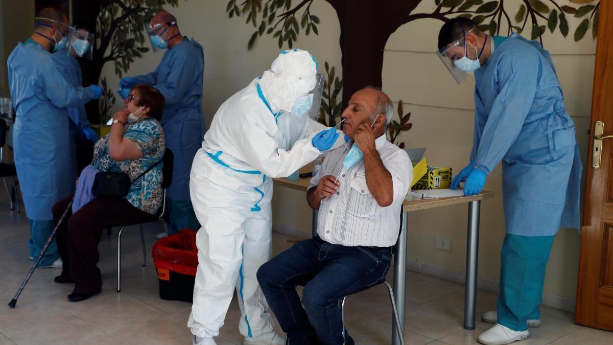 Tres brotes de contagios de coronavirus en Sueca, l'Alcúdia y Alfarp.