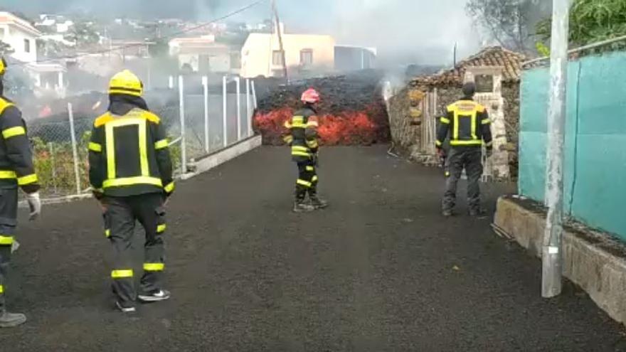 Bomberos de Gran Canaria en el incendio de La Palma (20/09/2021)