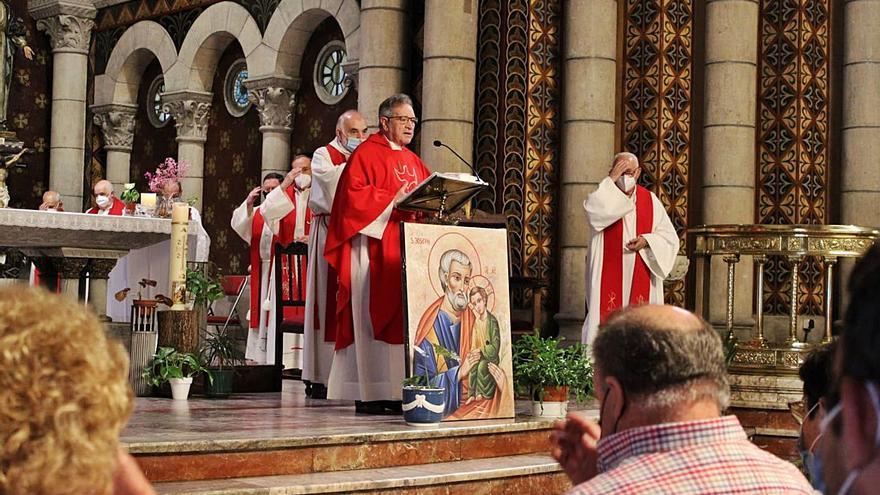 Día grande de las fiestas: La Felguera vuelve a celebrar San Pedro