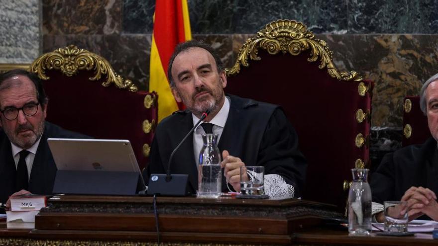 El TC admet a tràmit els recursos de nou dels líders independentistes contra la sentència de l'1-O