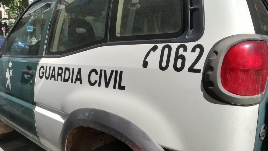 Un hombre fallece arrollado por su propio tractor tras colisionar contra un talud en Palencia