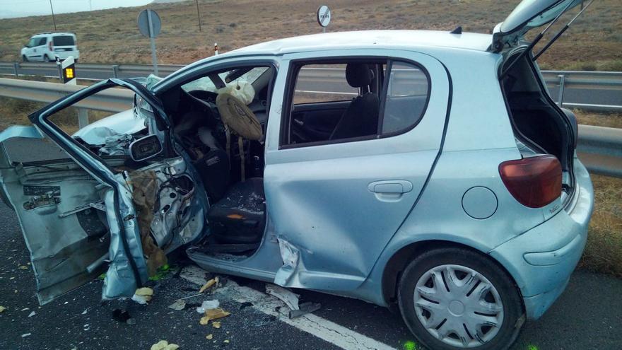 Una colisión frontal entre dos vehículos se salda con cuatro heridos en Lanzarote