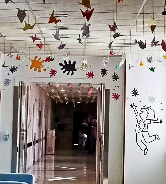 Trabajos de los alumnos del aula hospitalaria del Materno.