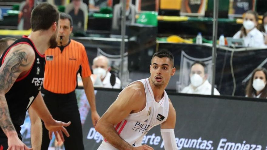 El Real Madrid gana en Bilbao y continúa invicto en la ACB
