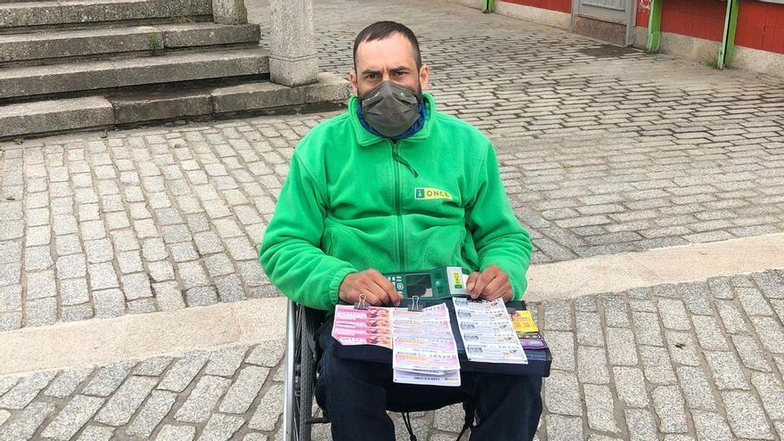 Un vendedor de la ONCE reparte 210.000 euros en premios en Verín