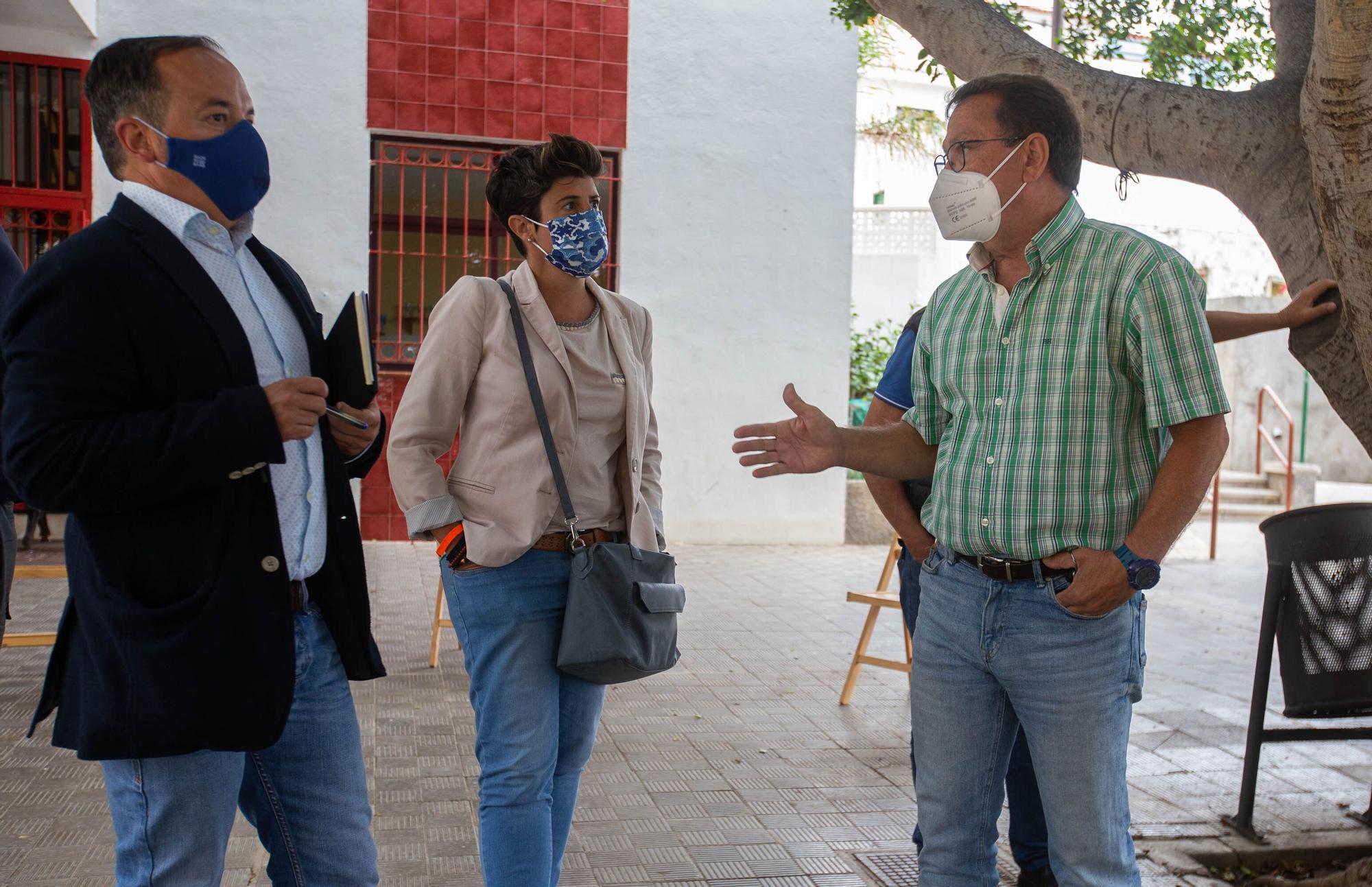 Reunión del Cabildo y Ayuntamiento en Almáciga