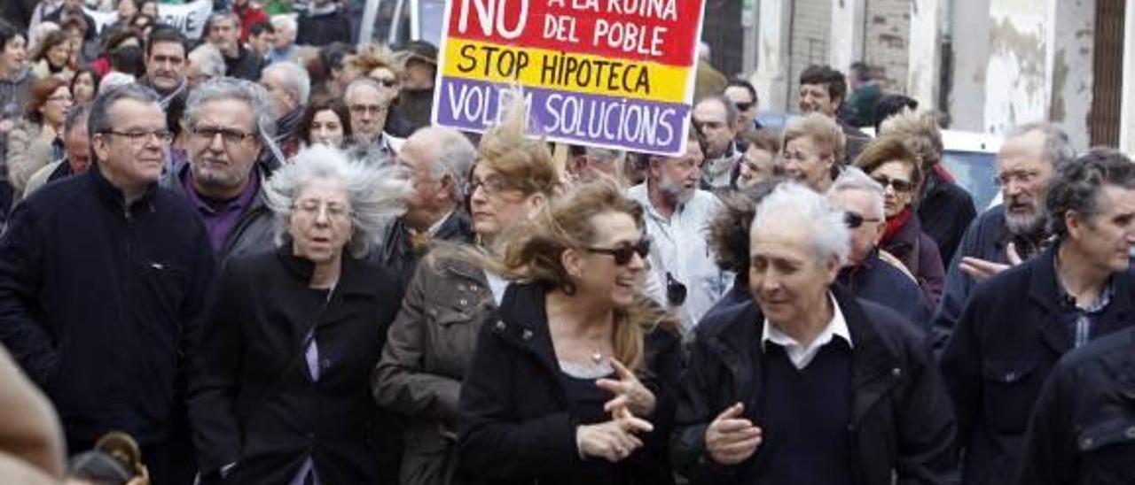 La marcha avanzó por las principales calles de Godella ayer por la mañana.