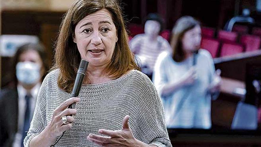 Armengol mantiene a Gual pese a la exigencia de Podemos de que le cese
