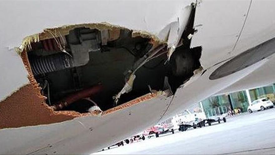 Susto en un vuelo Valencia-Palma que chocó con una baliza cuando aterrizaba