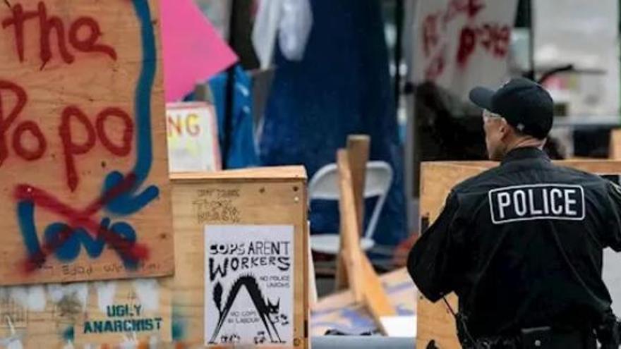 Una noche de protestas en Seattle deja 45 detenidos
