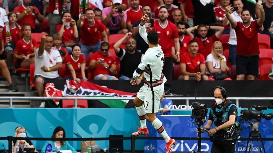 Eurocopa: Portugal reacciona a temps amb un doblet de Cristiano (0-3)