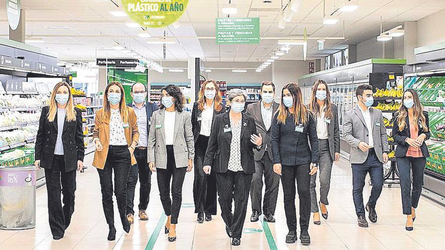 Mercadona invertirá más de 140 millones de euros en cinco años para reducir el plástico