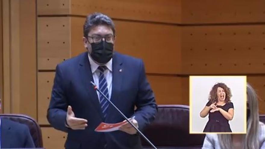 """Miguel Sánchez recrimina a Montero que use el Ministerio de Igualdad como """"agencia de colocación"""""""