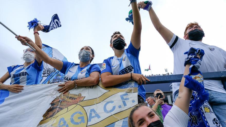 El Málaga CF abre el entrenamiento a su afición