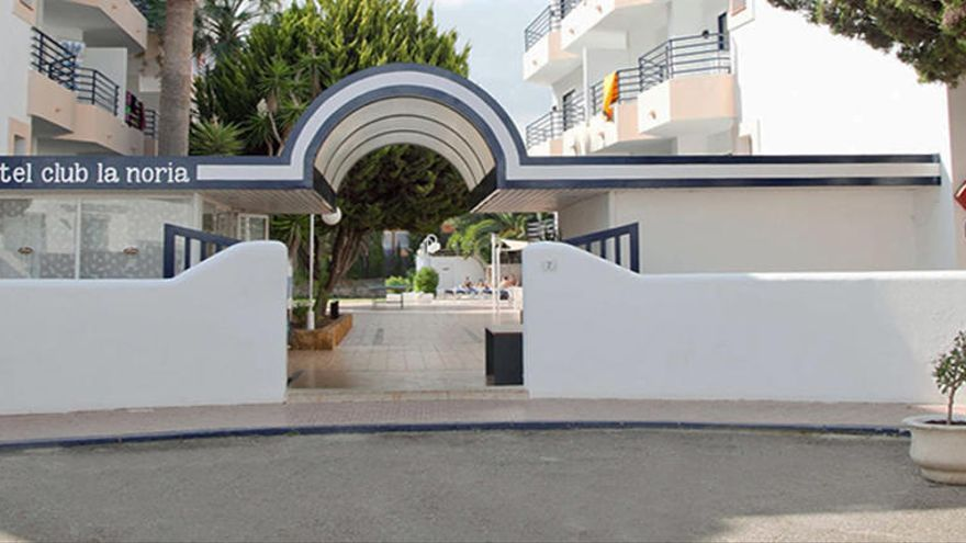 El hotel de Ibiza La Noria volverá a acoger este verano a los turistas positivos en covid