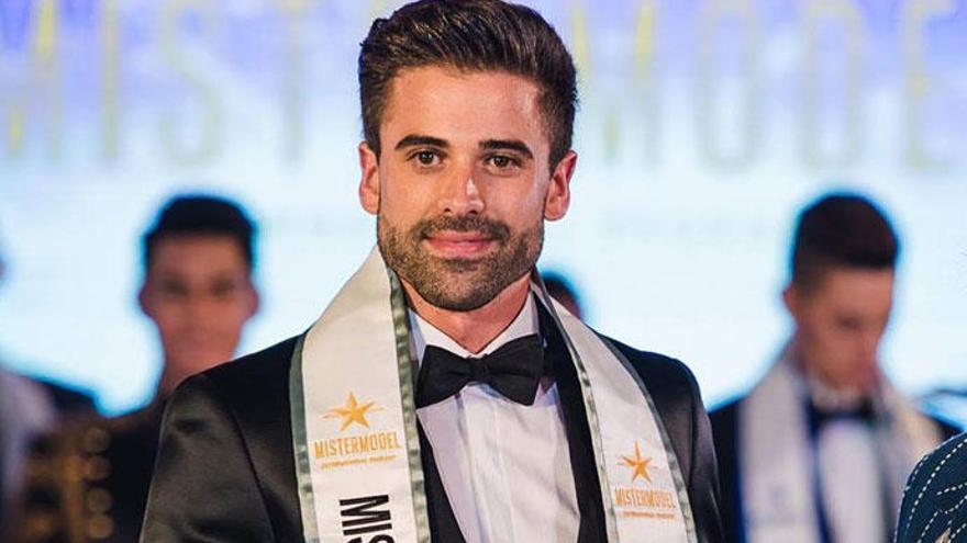 Sergio Ayala hace historia y se convierte en el modelo más guapo del mundo