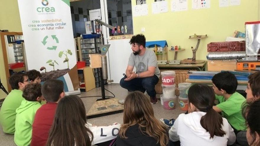 Monóvar se adhiere al plan de CREA para el servicio de educador medioambiental