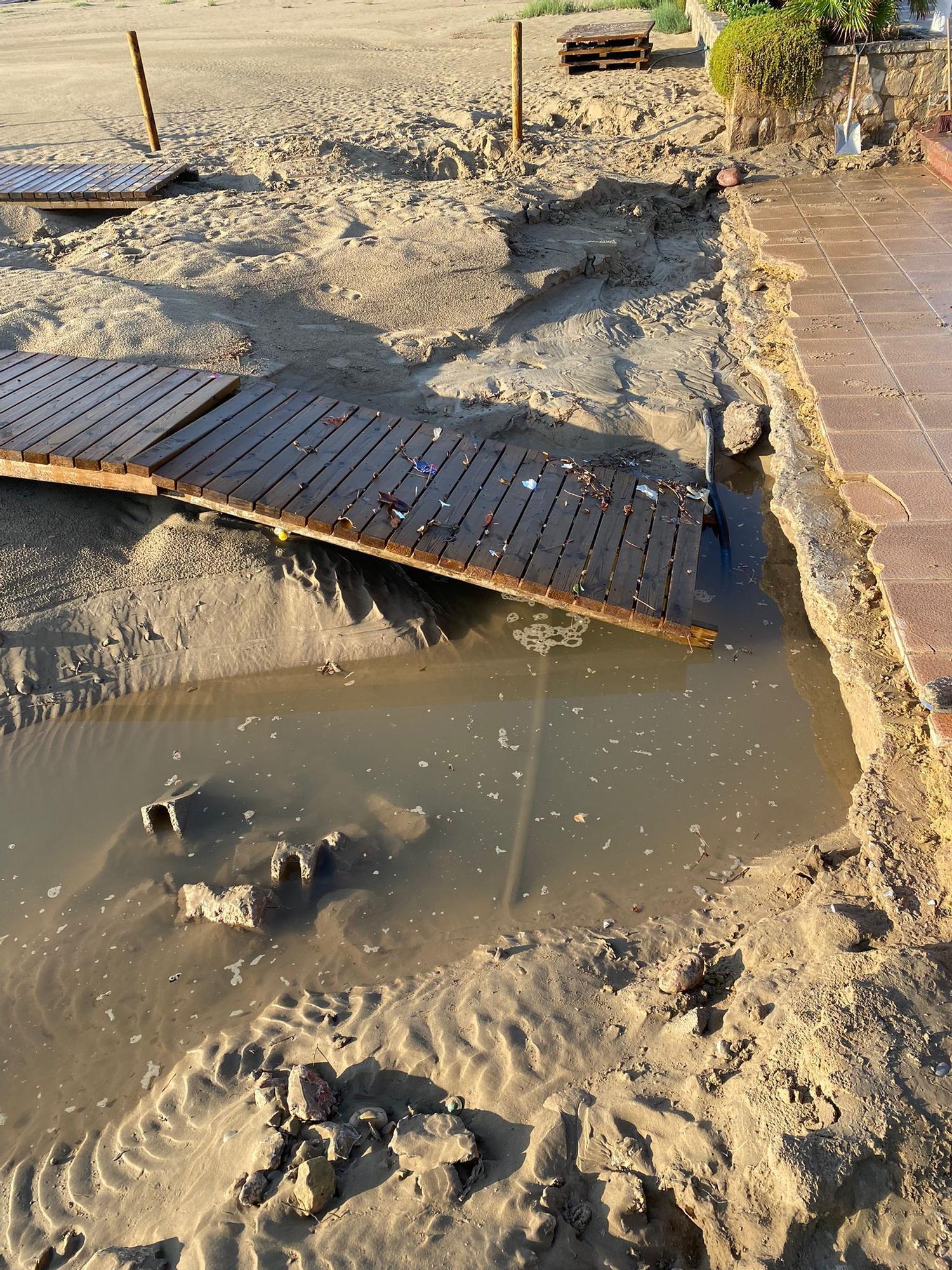 Daños en la playa del Port de Sagunt