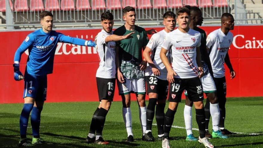 Los nombres propios del Córdoba CF en su derrota ante el Sevilla Atlético