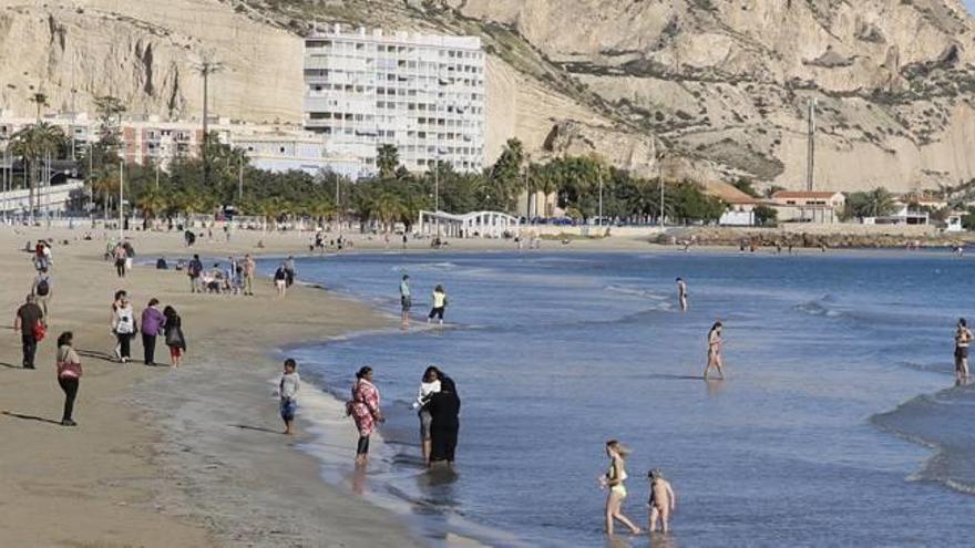 El buen tiempo sube la ocupación en la Costa Blanca en fin de año sobre el 85%