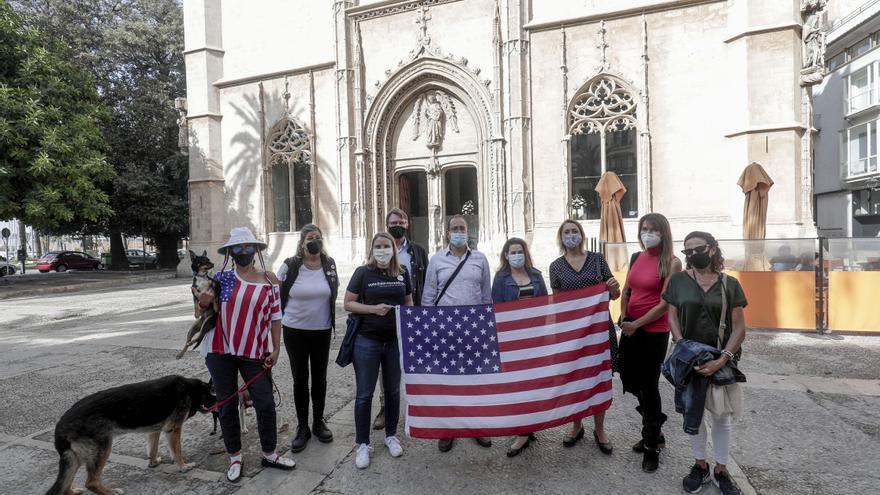 """Norteamericanos en Mallorca: """"Biden busca el consenso y Trump la provocación"""""""