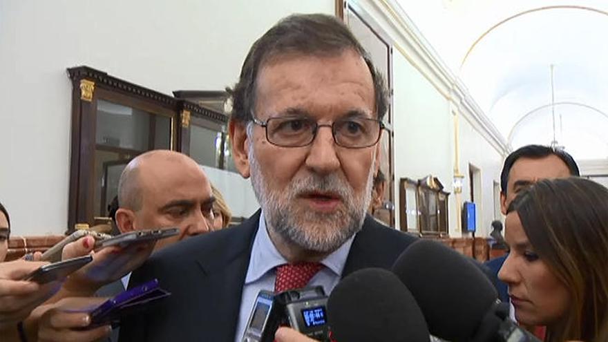 """Rajoy pide """"tranquilidad"""" ante el referéndum en Cataluña"""