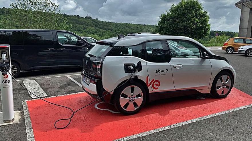 Crece un 28% la recarga de coches en puntos de EDP en Asturias