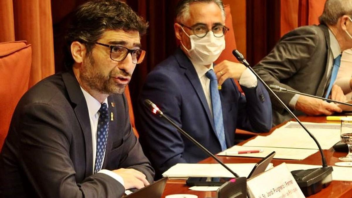 El vicepresident i conseller de Polítiques Digitals i Territori, Jordi Puigneró, durant la compareixença    EP