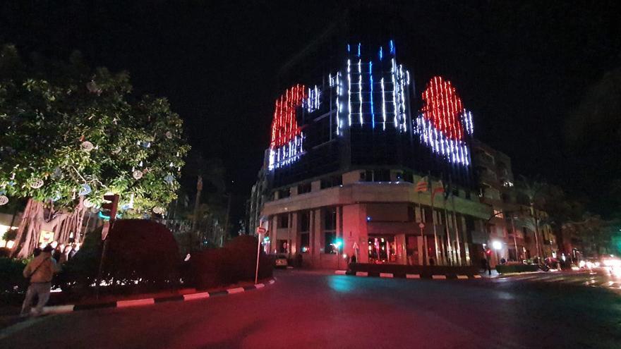 Torrent ilumina sus fiestas navideñas