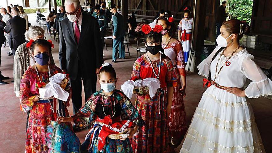 Paraguay celebra su independencia en el Muséu del Pueblu d'Asturies