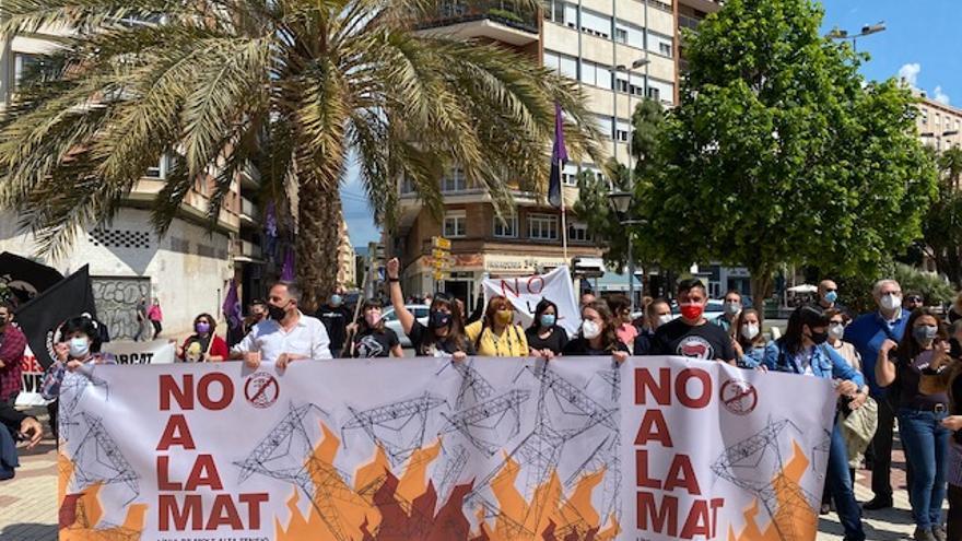 VÍDEO | Manifestación de la plataforma No a la MAT contra la alta tensión en Castelló