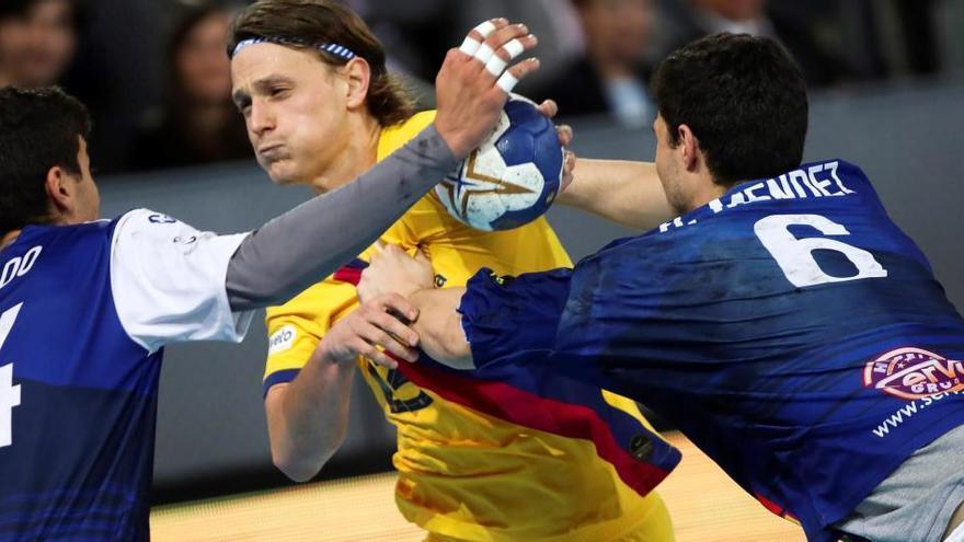 El BM Benidorm vuelve a desafiar al todopoderoso Barça en la Supercopa