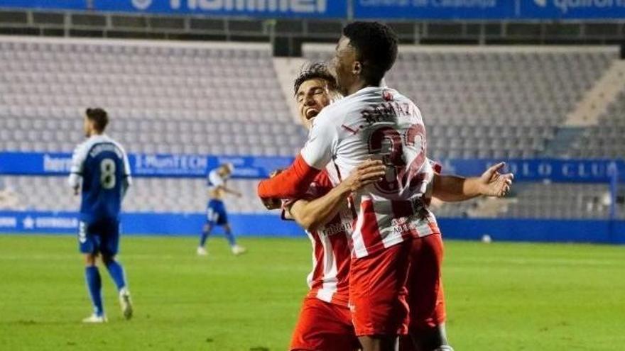 El Almería frena en el 93' la buena racha del Sabadell