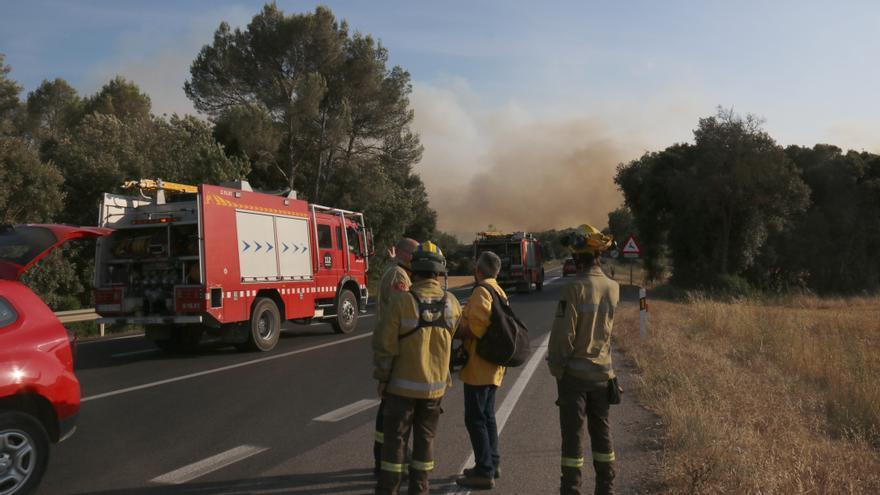 Els Bombers donen per controlat l'incendi de Ventalló que ha cremat 34 hectàrees